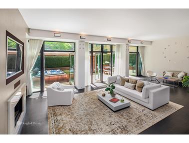 Appartement voor Verkoop een t 7 HUBERT STREET 7 Hubert St #TH3 New York, New York,10013 Verenigde Staten