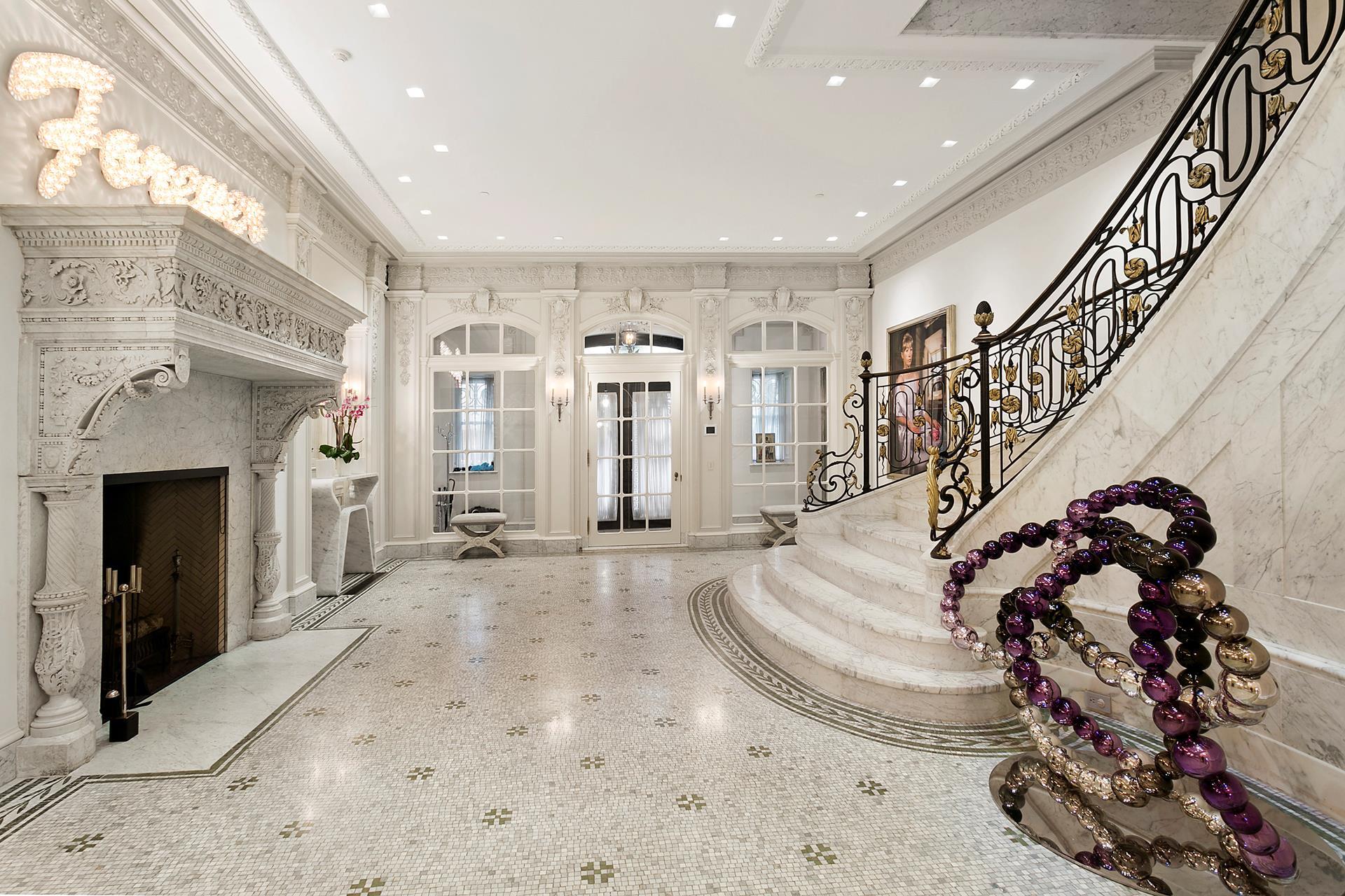 別荘 / タウンハウス のために 売買 アット 8 EAST 62ND STREET 8 East 62nd St New York, ニューヨーク,10021 アメリカ合衆国