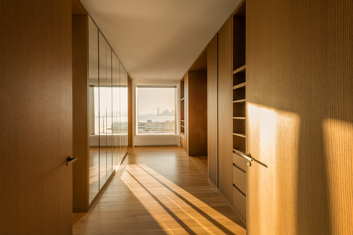 Additional photo for property listing at 551 West 21st Street, 15th Floor  New York, New York,10011 United States