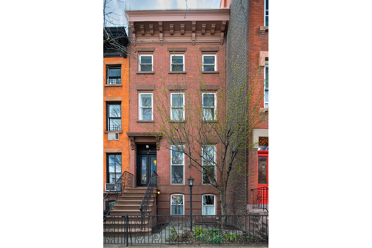 Виллы / Таунхаусы для того Продажа на 90 DEAN STREET 90 Dean Street Brooklyn, Нью-Йорк,11201 Соединенные Штаты