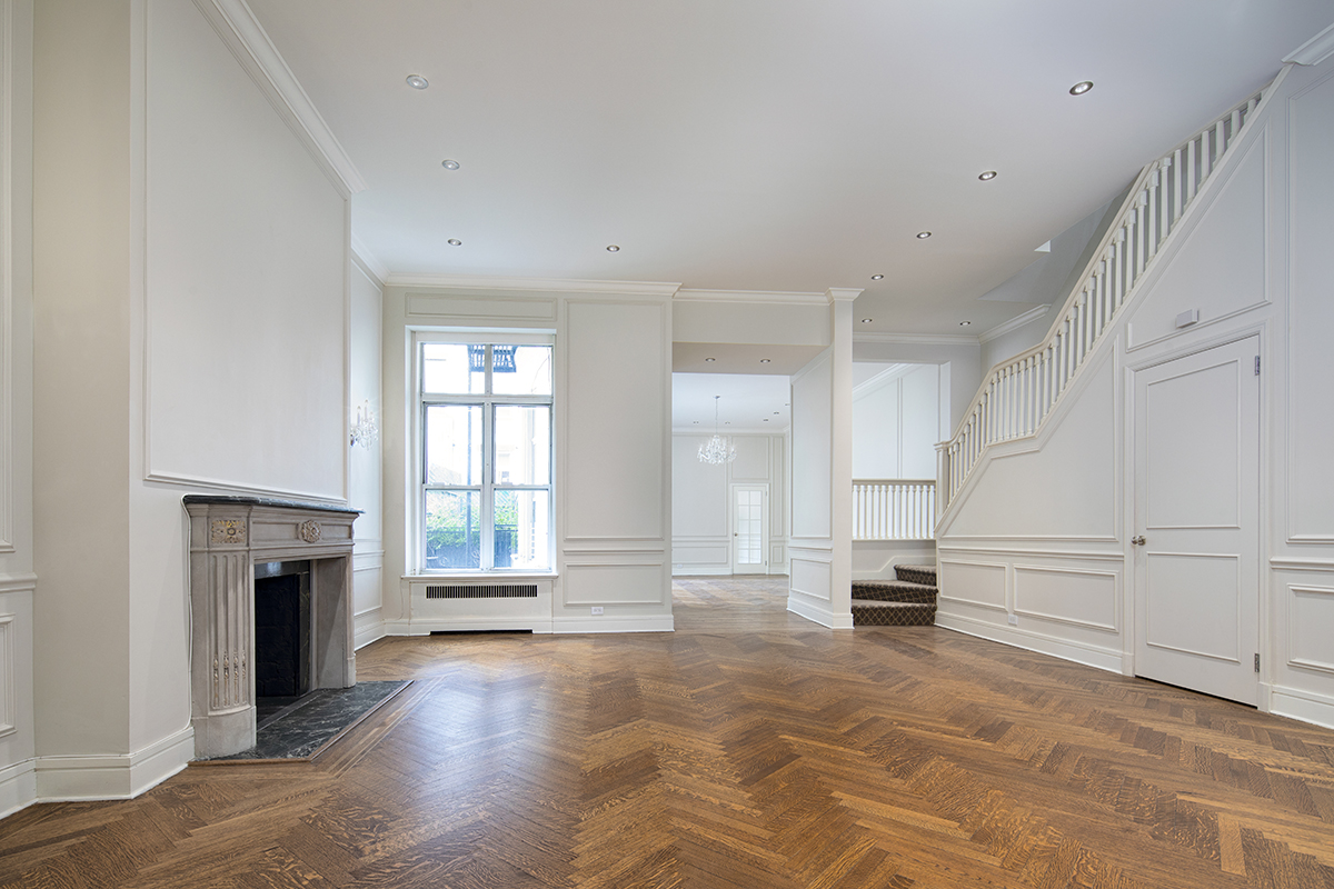 Additional photo for property listing at 8 East 63rd Street 8 East 63rd Street New York, New York 10065 United States