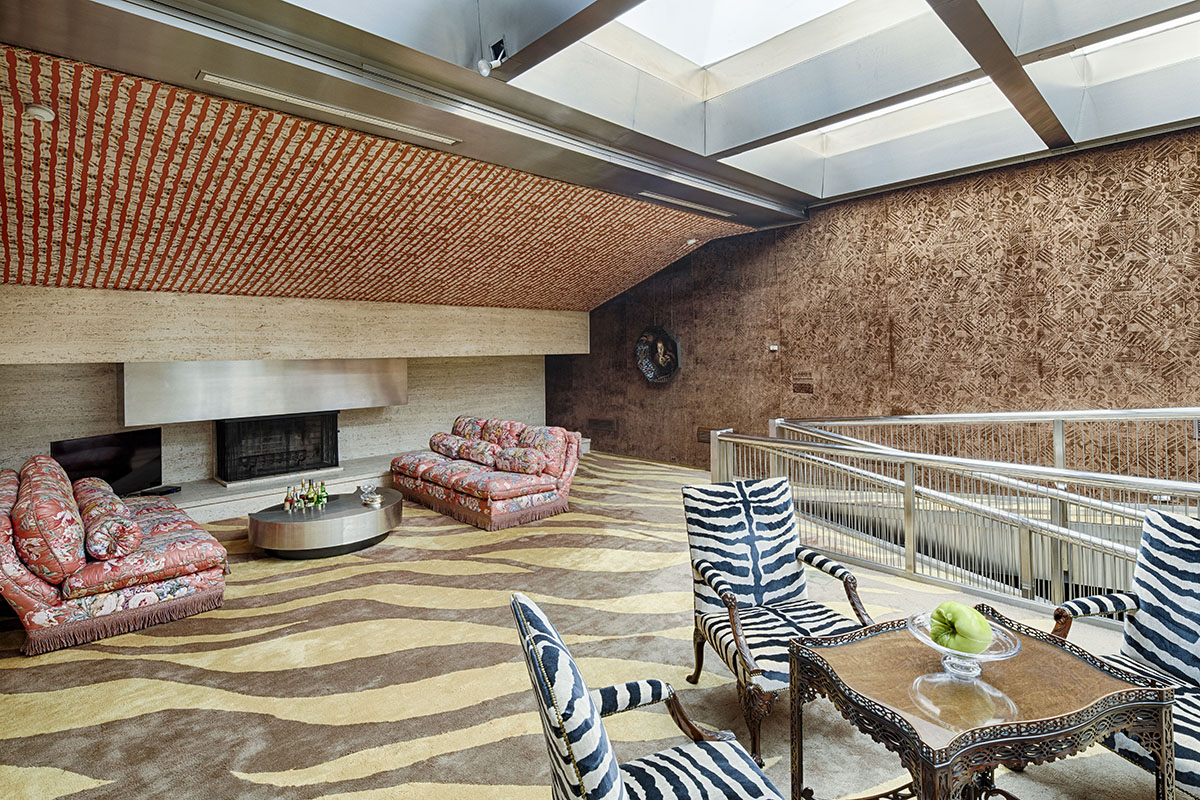 Additional photo for property listing at Sherman Fairchild Mansion 17 East 65th Street New York, New York 10065 United States