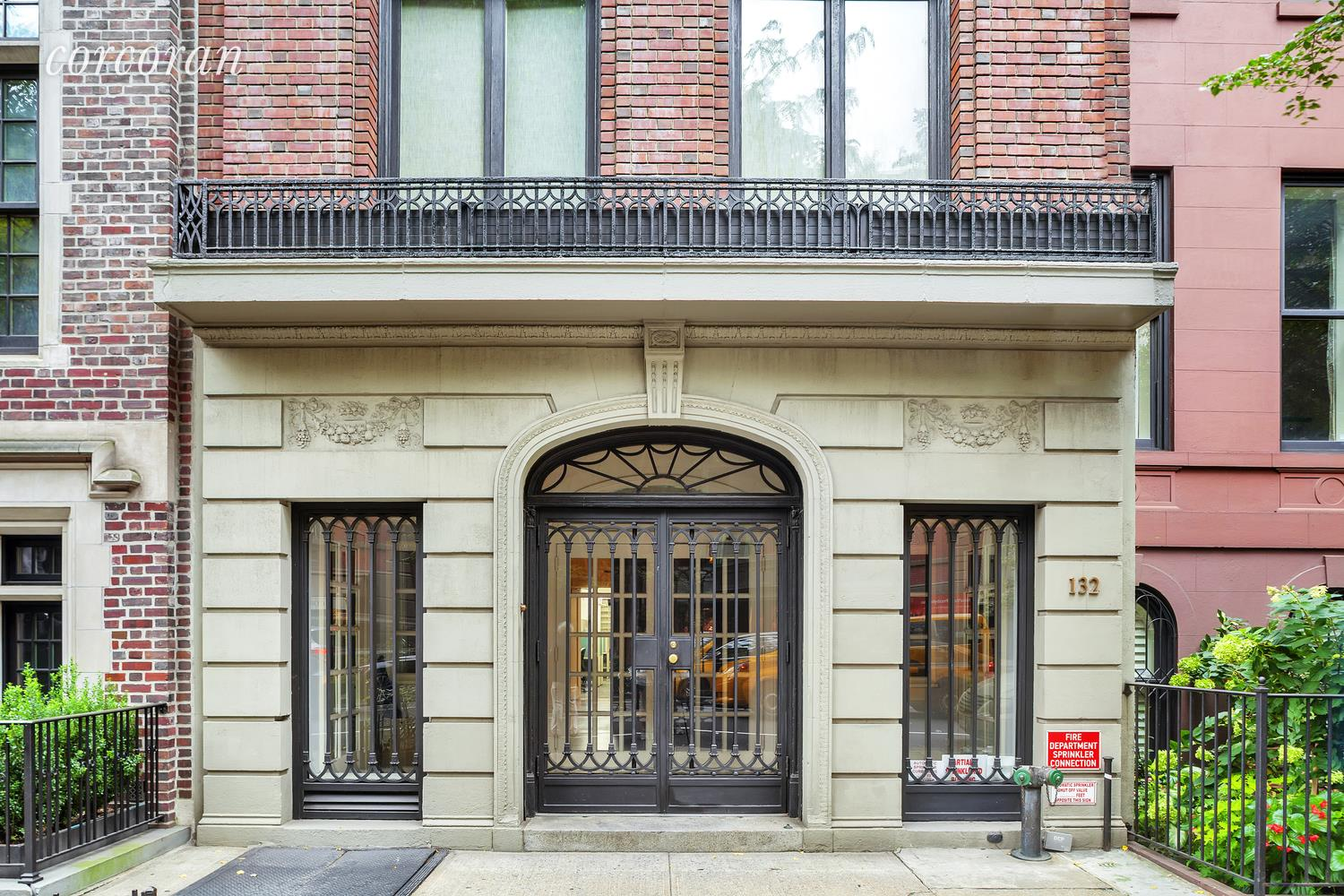 132 East 70th Street New York, NY 10021