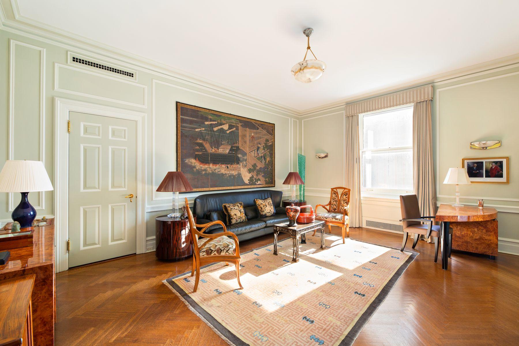 998 Fifth Avenue Interior Photo