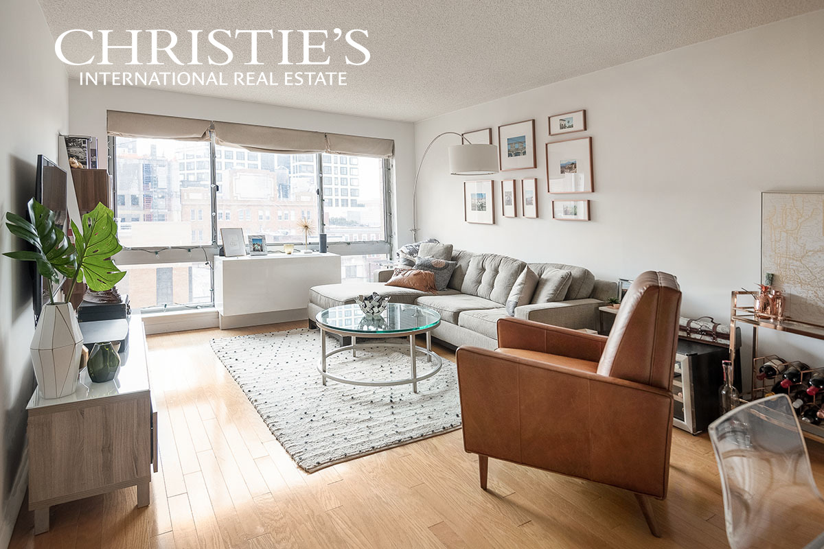 South Facing West Chelsea Full Service CondoWith, or without Tenants in place. Investor or end-user opportunity!This high-floor, light-flooded 1 bedroom 1 bathroom is a rare find in West Chelsea. Large windows with a bright southern exposure offer city and river views, while the gracious main living space has a large granite island and open kitchen. The apartment boasts a large, sunny bedroom, ample storage, built-in washer and dryer, and a tiled bathroom with granite-topped vanity and rain shower. Exceptional building amenities include a doorman, gym, roof terrace with a fountain, residents' lounge, bike storage, etc. Just a short distance from the High Line, Chelsea Piers, and Hudson River Park.*There is a working capital contribution valued at 2 months of common charges paid by buyer.