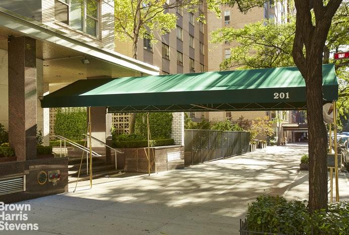 201 East 79th Street New York, NY 10075