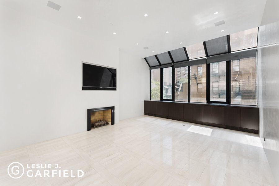 107 East 61st Street Interior Photo