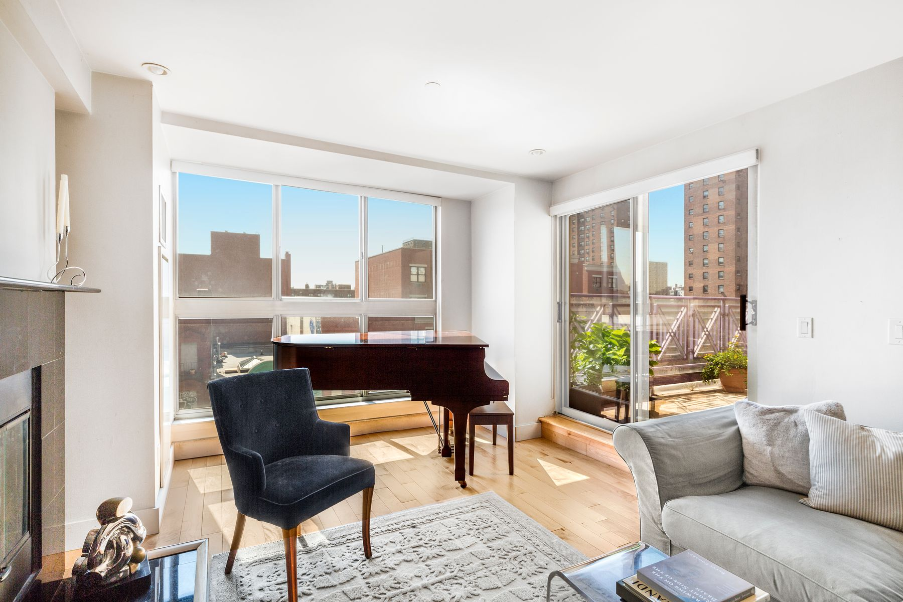 Apartment for sale at 1400 Fifth Avenue, Apt 7A