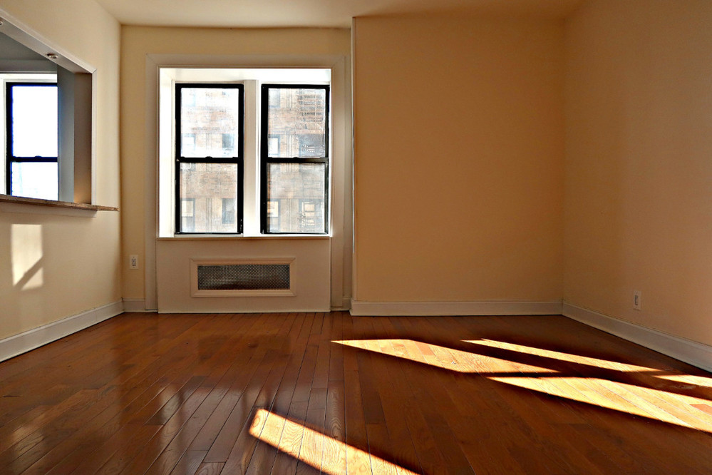 1 Apartment in Crown Heights