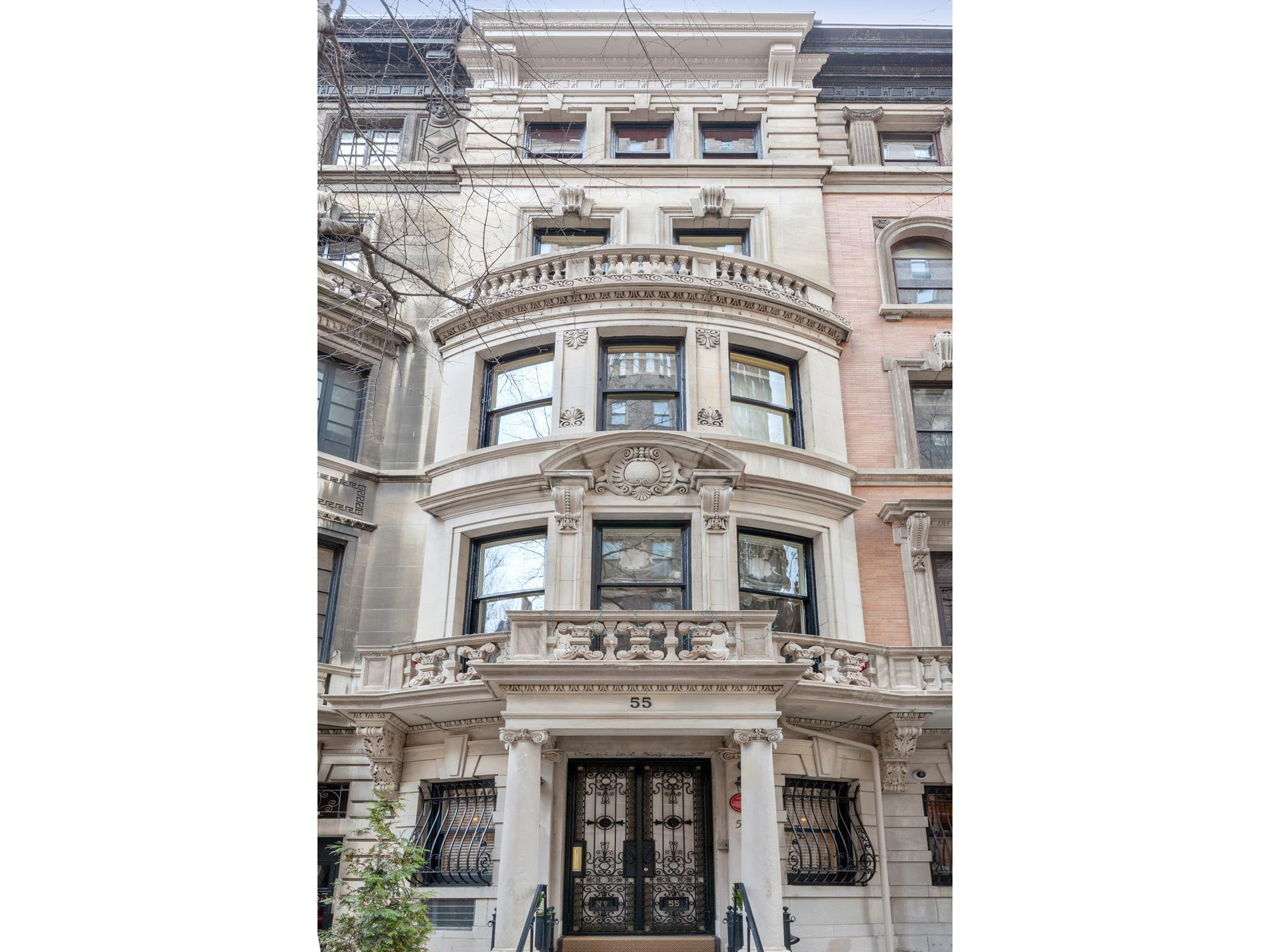 55 East 74th Street New York, NY 10021