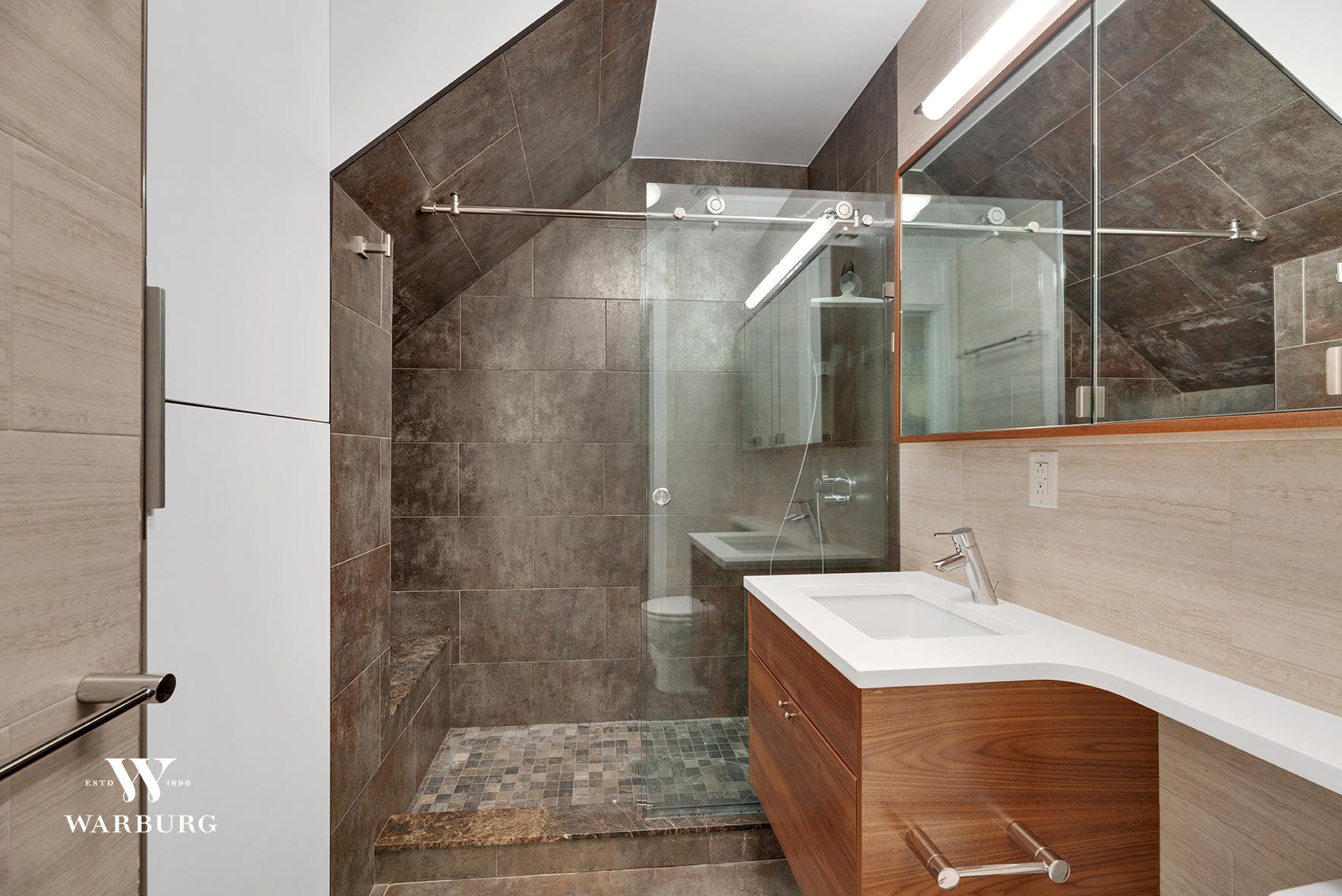 206 East 20th Street Interior Photo