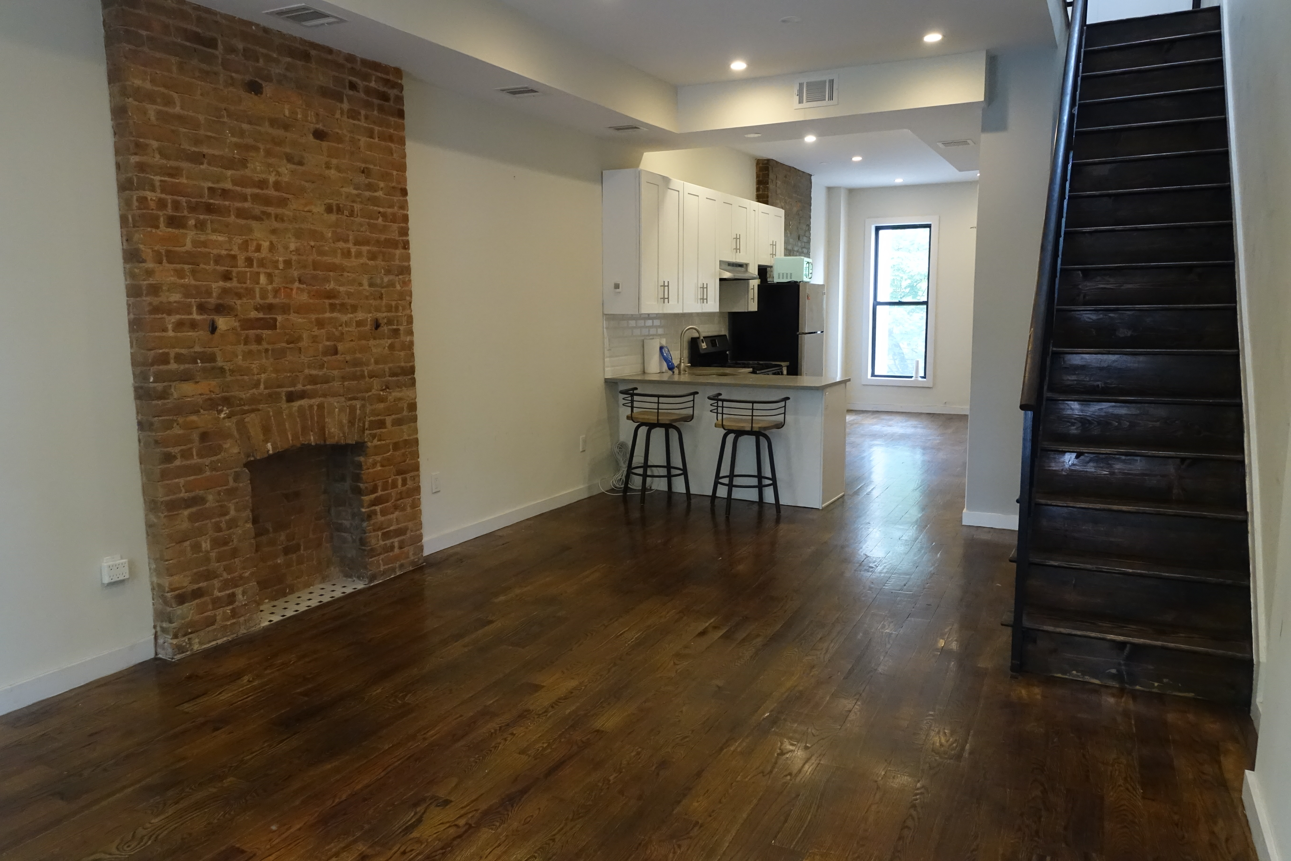 34 Rochester Avenue Interior Photo