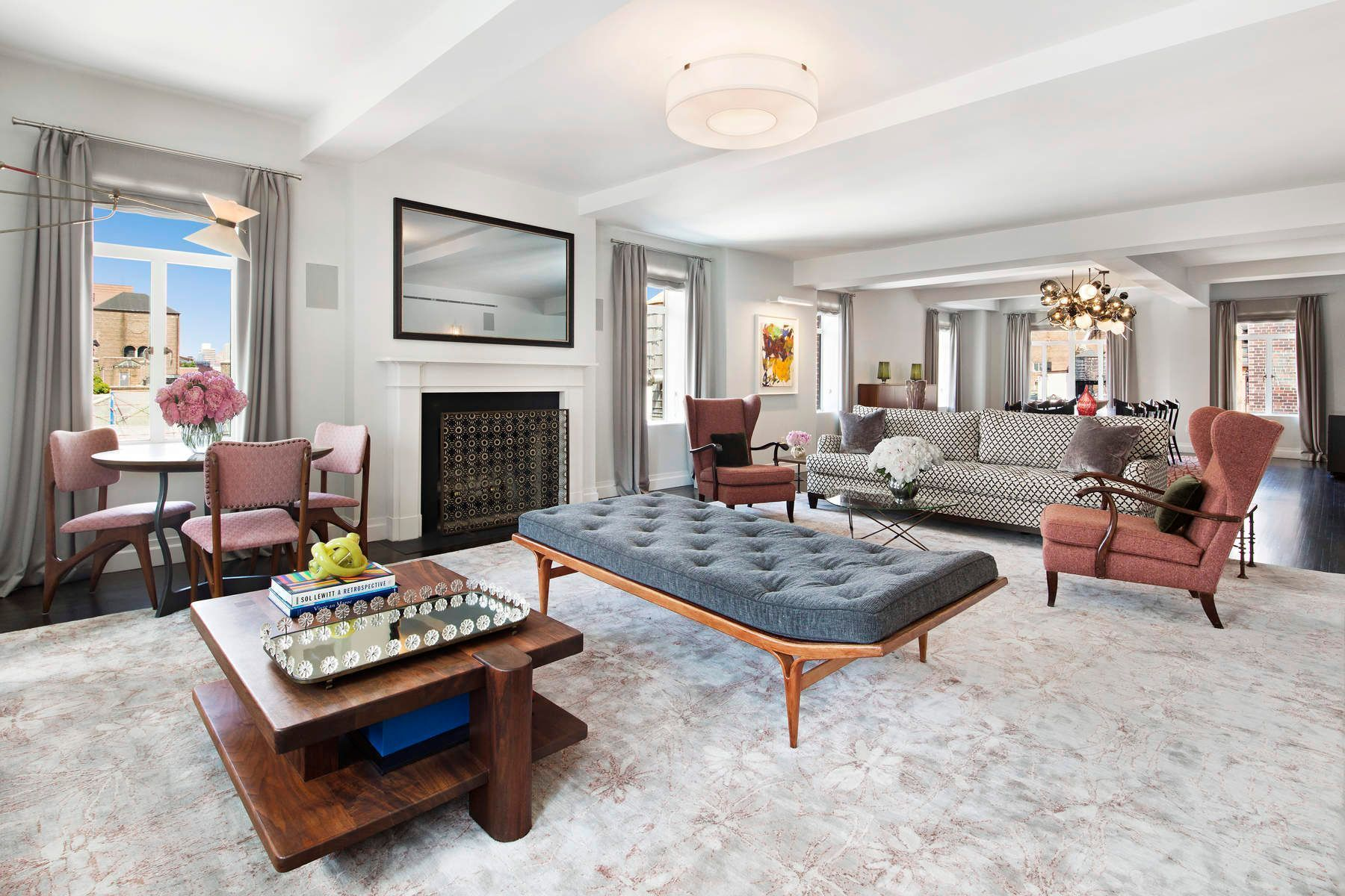 737 Park Avenue Interior Photo