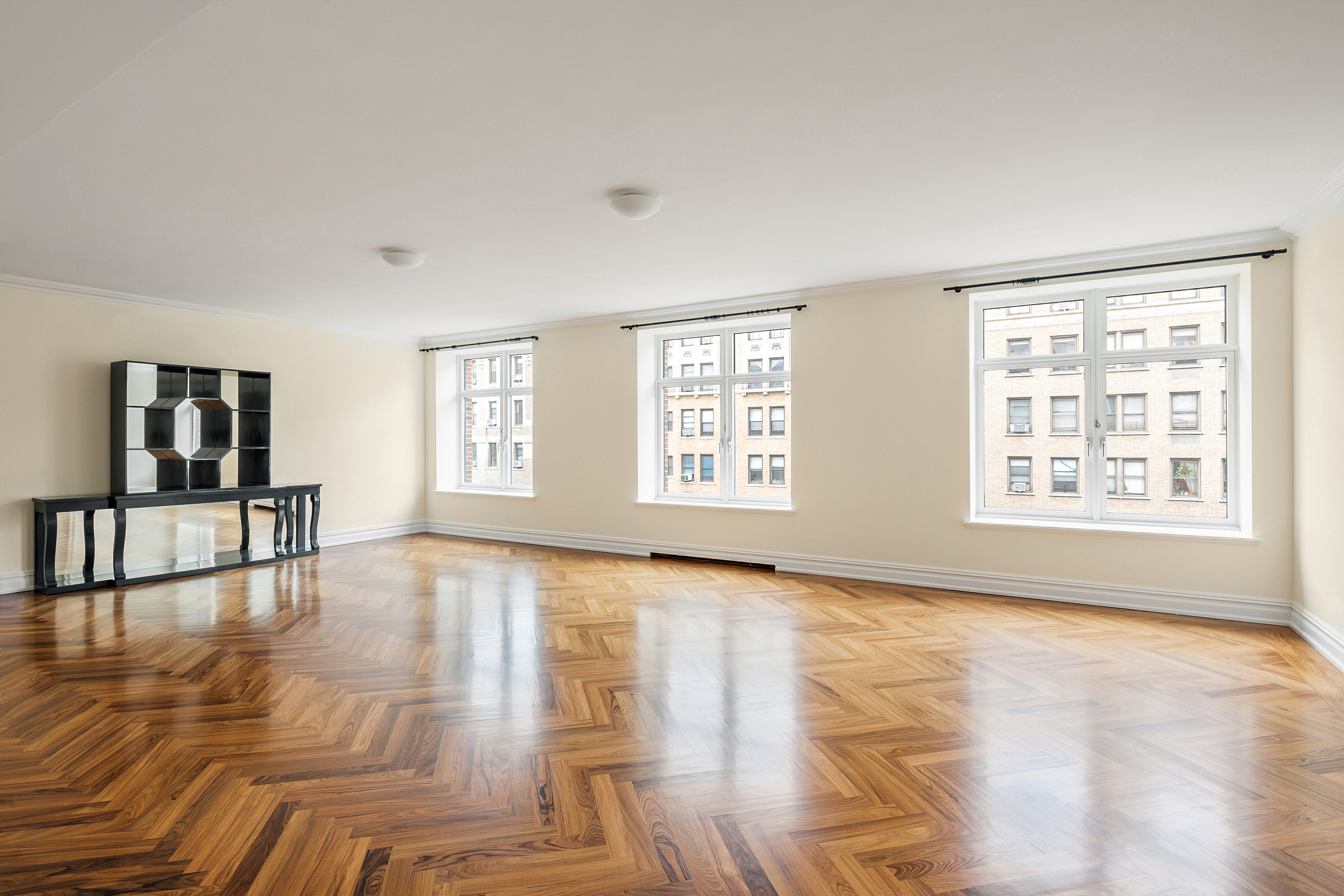 535 West End Avenue Interior Photo