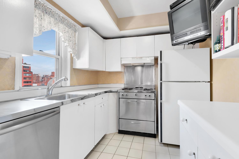 220 East 60th Street PH 14CD Upper East Side New York NY 10022