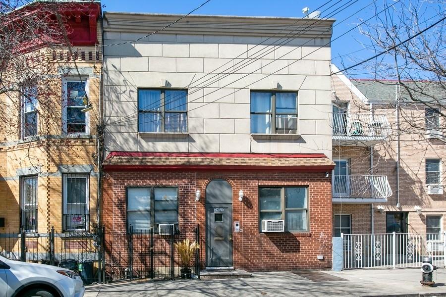 54-37 Arnold Avenue Ridgewood Queens NY 11378