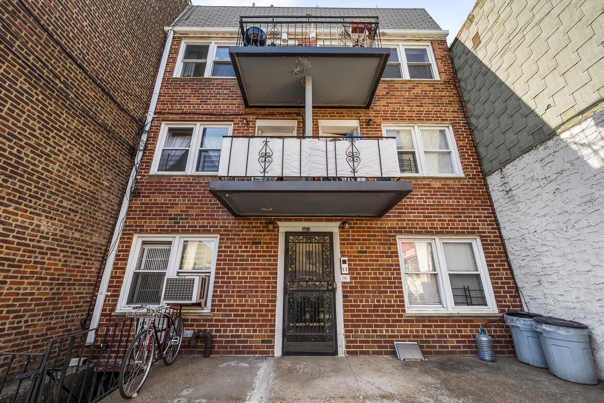 30-76 14th Street Long Island City Queens NY 11102