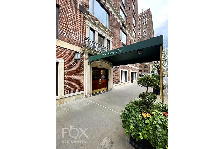 1045 Park Avenue 12A Carnegie Hill New York NY 10028