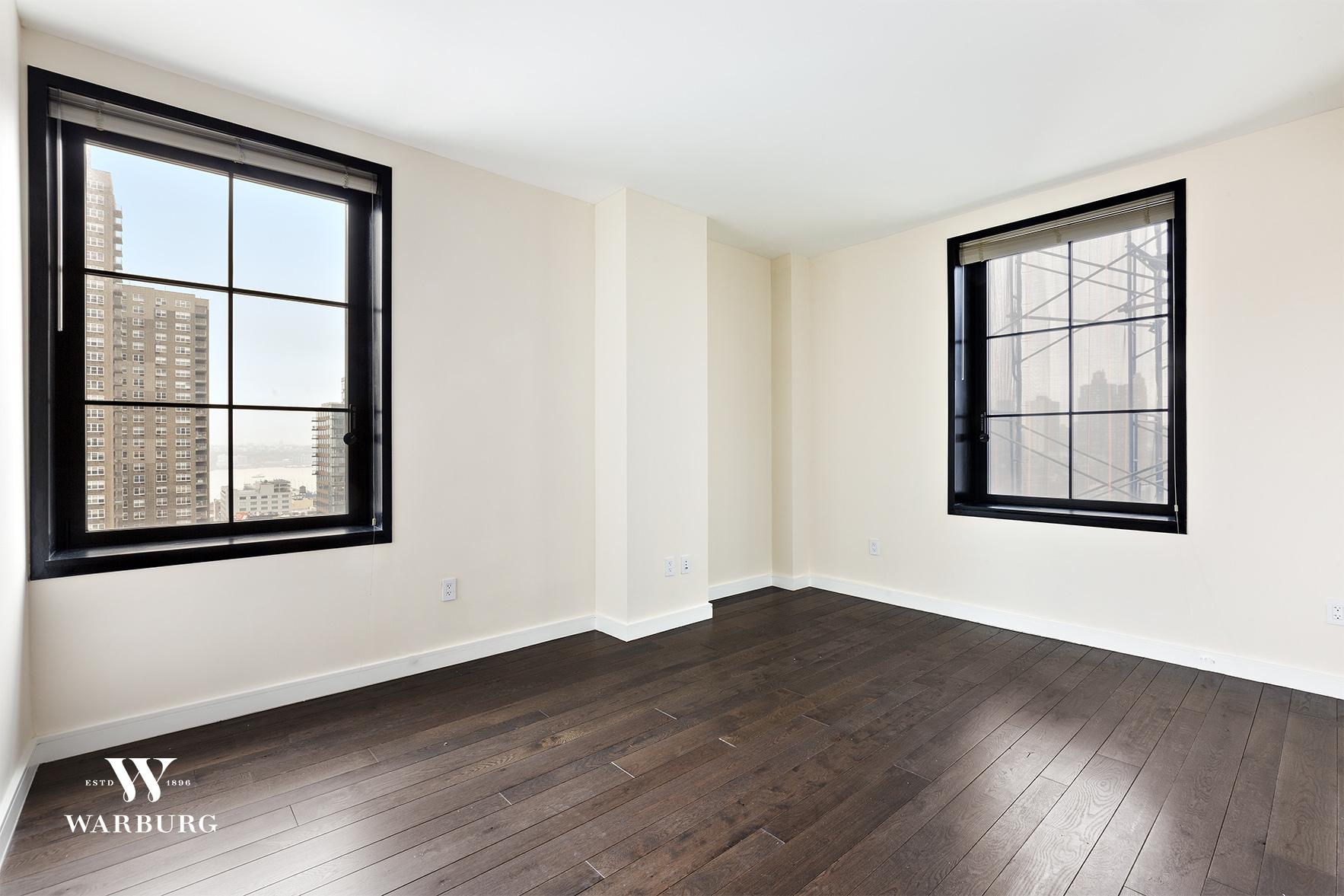 425 West 50th Street 12H Clinton New York NY 10019