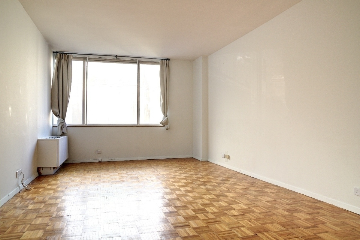 Just Listed!! Massive and spacious studio facing a peaceful and beautiful resident's indoor garden! Ample closet space, full bath, full appliances kitchen. Perfect for single or a couple. Located in the heart of Hell's Kitchen with baby steps to all you ever need!