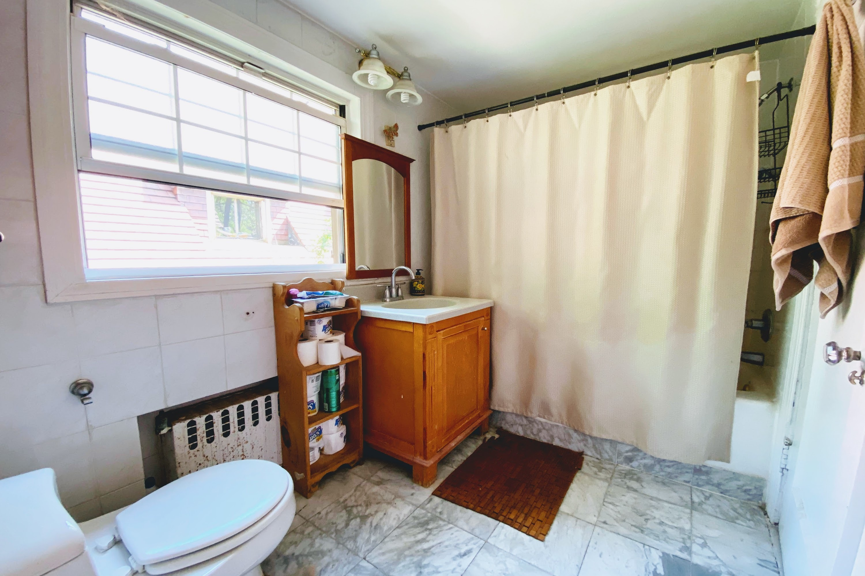 297 Burns Street Forest Hills Queens NY 11375