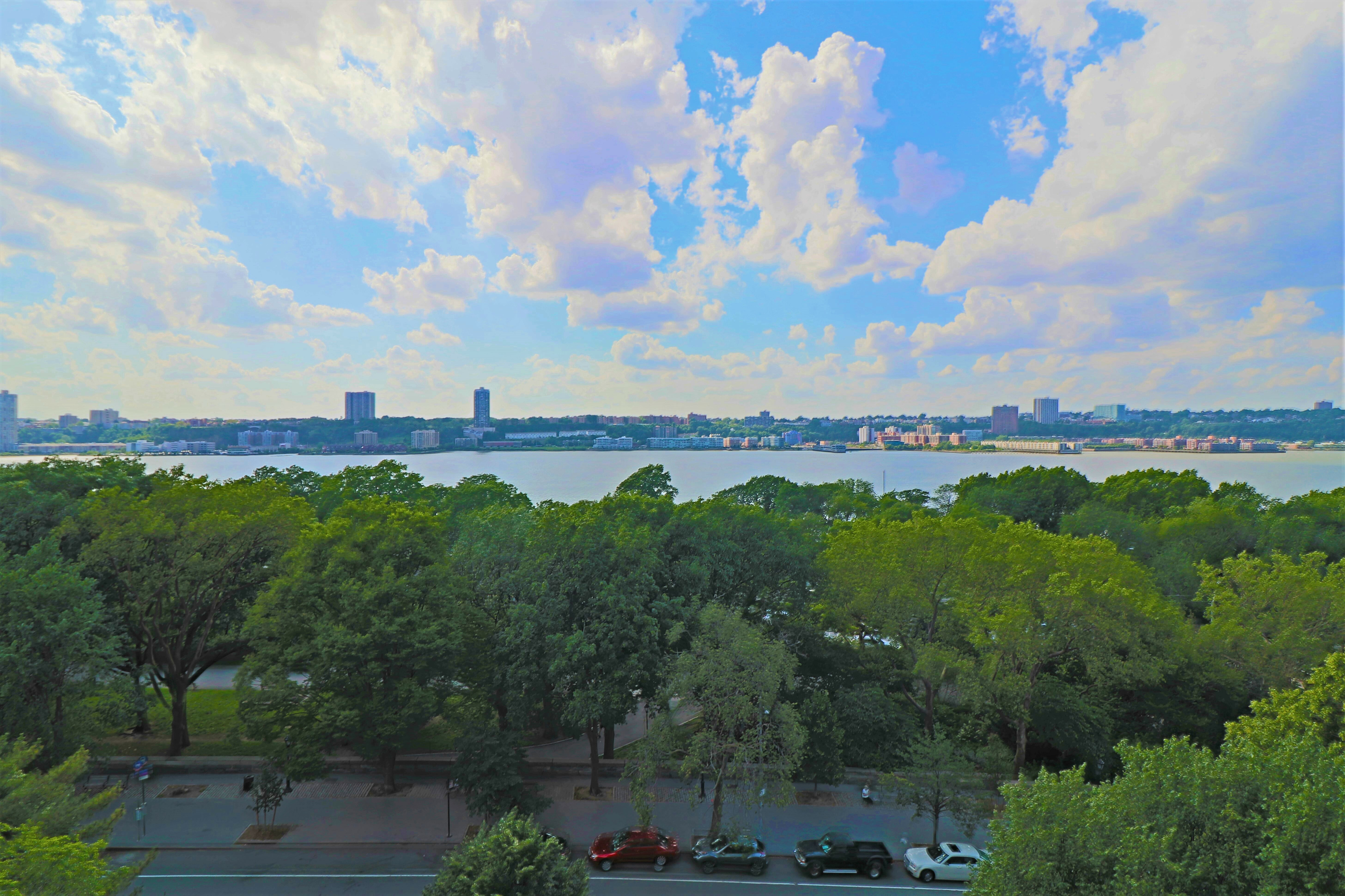 222 Riverside Drive Upper West Side New York NY 10025