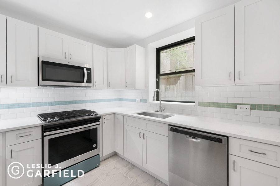 23 West 69th Street Lincoln Square New York NY 10023