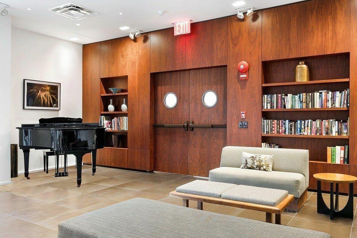 515 East 72nd Street Upper East Side New York NY 10021