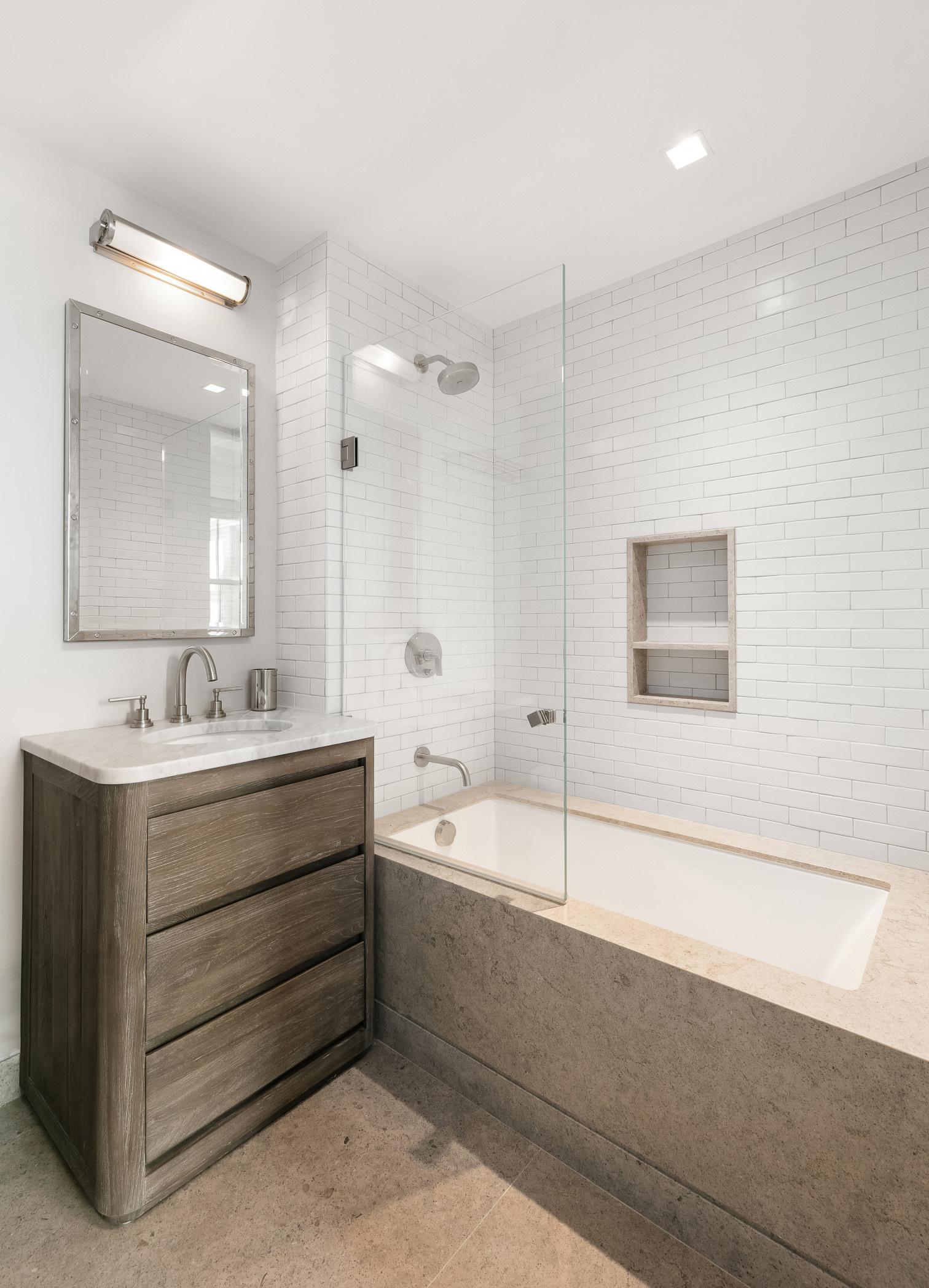 147 Waverly Place Greenwich Village New York NY 10014