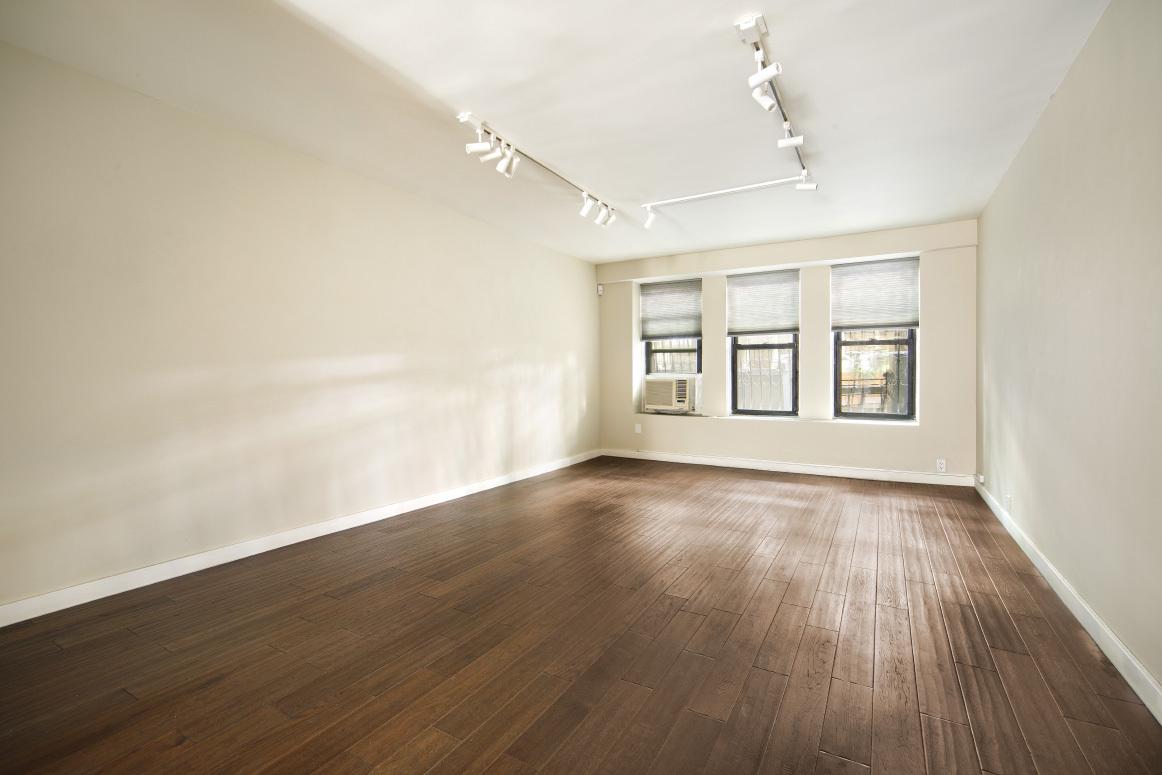 16 East 77th Street Upper East Side New York NY 10075